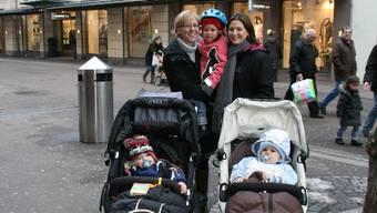 Sibylle Schnell (links) und Marianna Abraham wünschen sich ein kinderfreundliches Café in Baden.