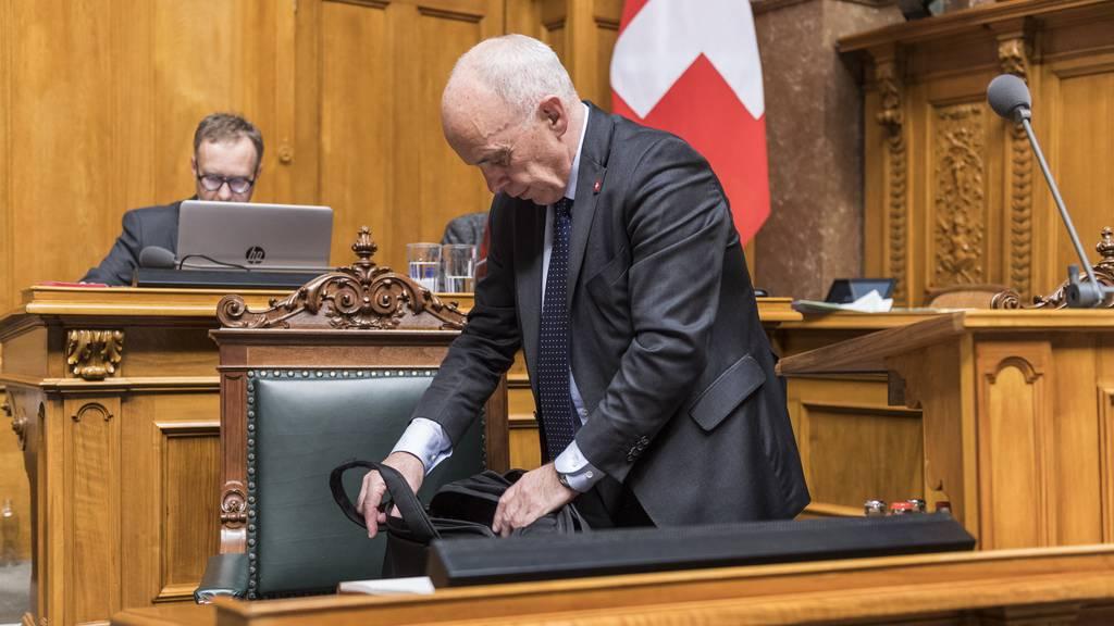 Firmenbussen im Ausland: Wer sich wie in der Schweiz verhält, darf Strafgelder bei Steuern abziehen