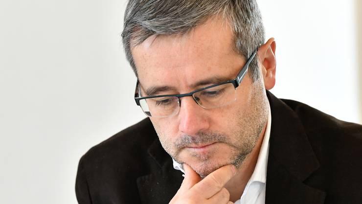 Nachdenklicher Finanzdirektor Benvenuto Savoldelli: In den nächsten Jahren könnten die Schulden wieder über 100 Millionen Franken steigen.