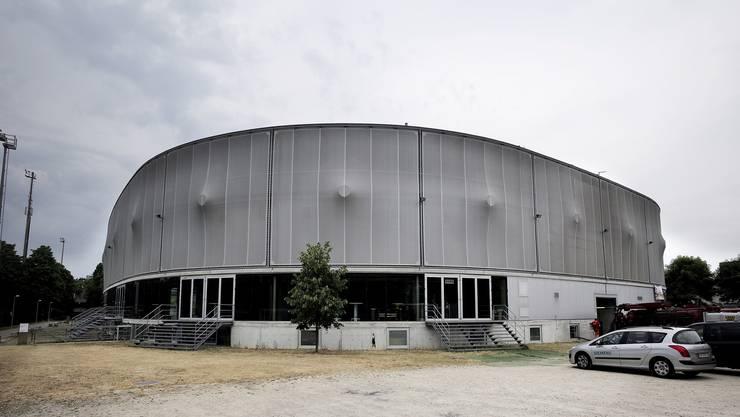 Kurz vor Lichterlöschen? Die Genossenschaft St. Jakob Arena schreibt mit der Halle Monat für Monat Verluste – trotz guter Auslastung.
