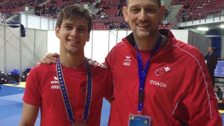 Michael Iten (l.) gewinnt die Bronzemedaille.