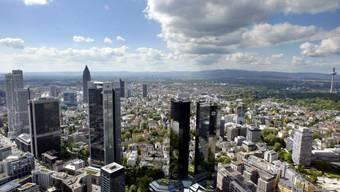 Brexit-Gewinnerin Frankfurt: Mittelfristig werden Banken voraussichtlich 8000 Arbeitsplätze von London nach Frankfurt verlegen. (Archiv)