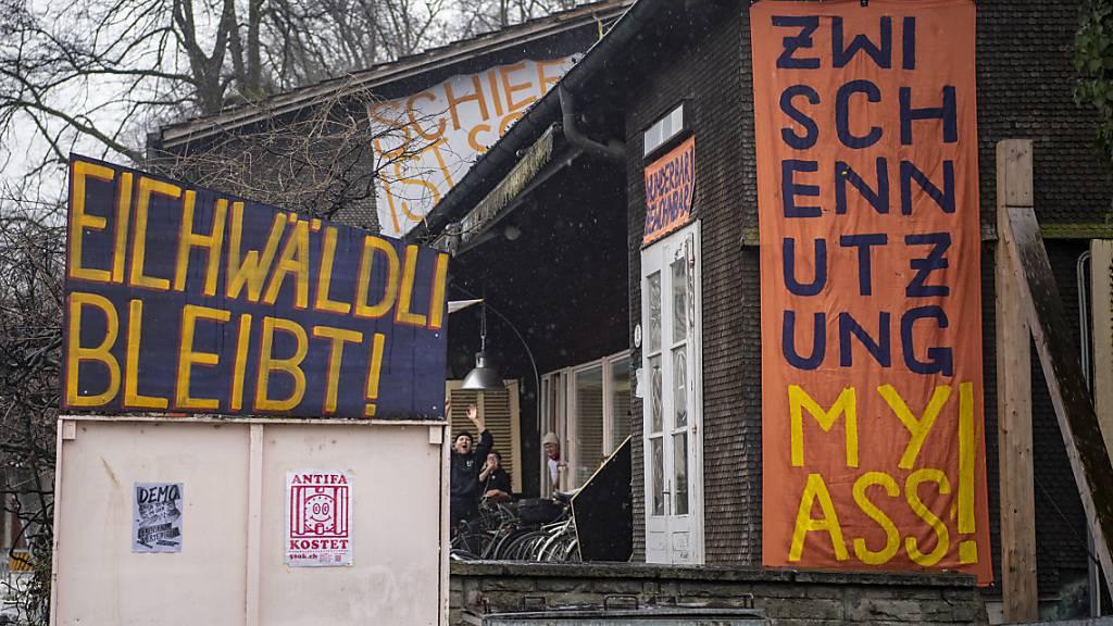 Die Bewohnerinnen und Bewohner der Soldatenstube in der Stadt Luzern wehren sich weiter für einen Verbleib in der Liegenschaft. (Archivbild)
