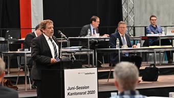 Finanzdirektor Roland Heim während der Kantonsratssitzung am Dienstag.