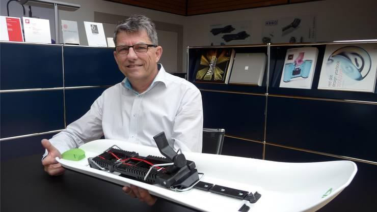 Michael Koch mit seinem «Crossblader» – der neue Alleskönner im Wintersport.