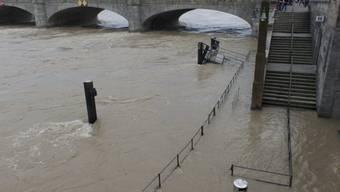 Mittlerweile ist der Pegelstand des Rheins gesunken
