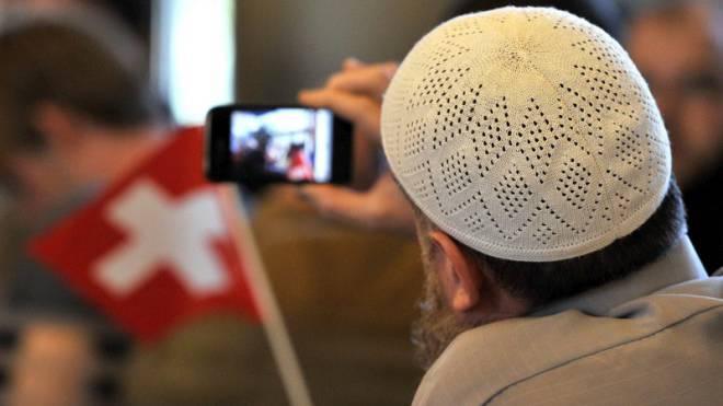 Keine Insel: Islamistischer Terror könnte auch die Schweiz heimsuchen.  Foto: Keystone/Sigi Tischler