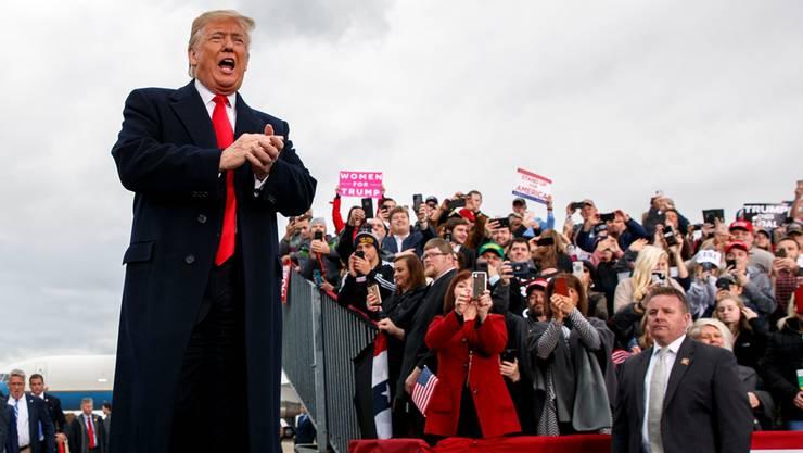 Der Präsident lässt sich feiern: Hier in Huntington, West Virginia. Key
