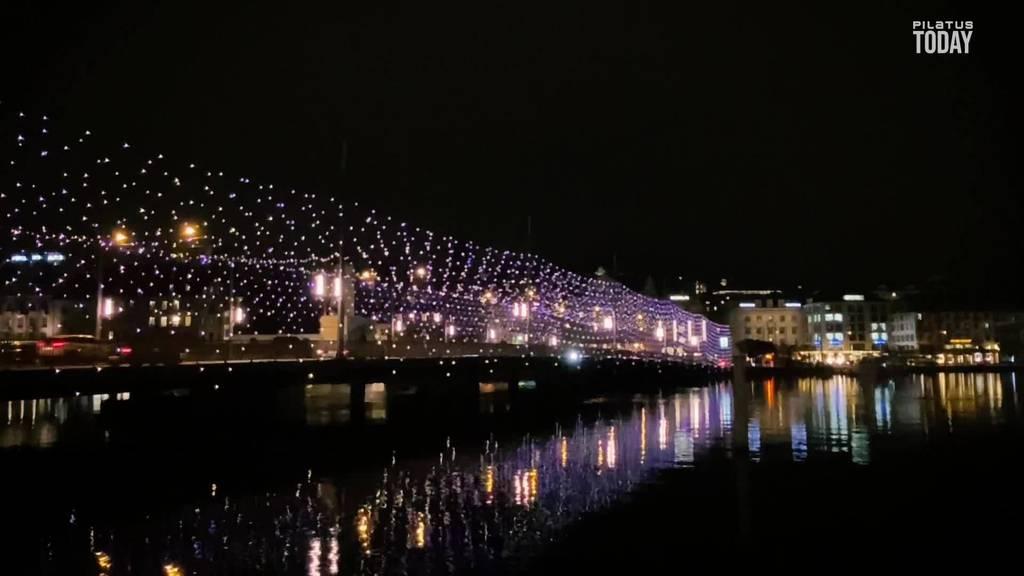 Licht an: Die Leuchtenstadt leuchtet wieder weihnachtlich