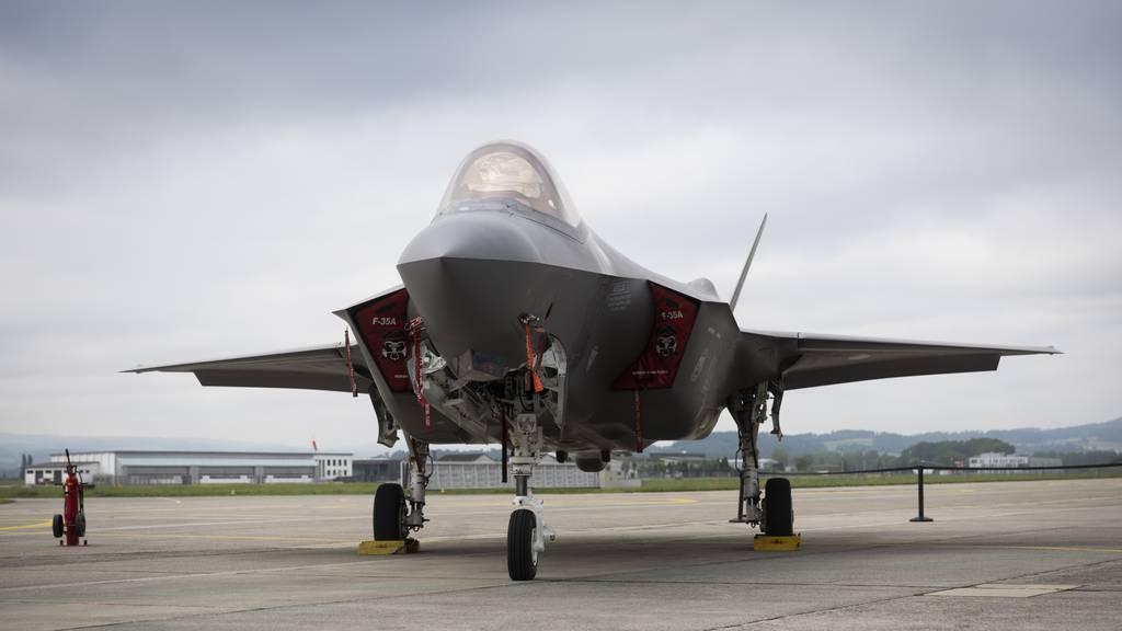 Nach Kritik aus Emmen: Armee verspricht weniger Flüge