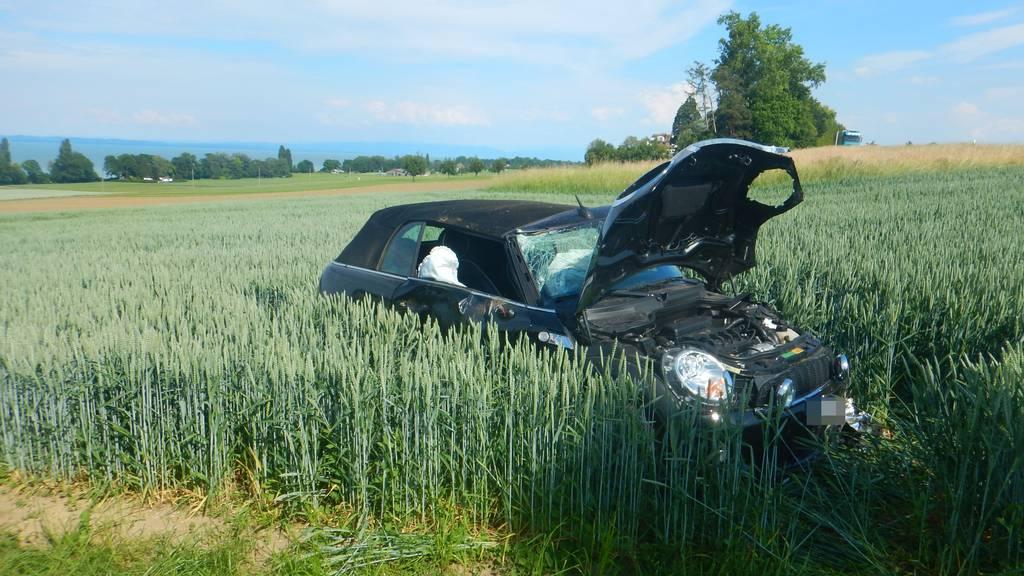 Alkoholisiert mit Auto unterwegs – Mann verletzt sich schwer