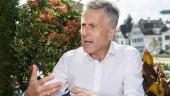 «Die Kosten der Uni können nicht dauerhaft stärker wachsen als die regionale Wirtschaft», findet der neue Unirat und ehemalige Kantonalbank-Chef Beat Oberlin.