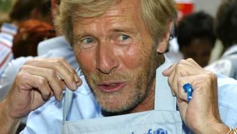 Der Schauspieler Horst Janson posiert für ein Foto während einer Wohltätigkeits-Veranstaltung der UNICEF am Sonntag, 18. Juli 2004, in München (Archiv)