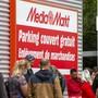 Zahlreiche Märkte von Media Markt und Saturn mussten wegen der Corona-Pandemie in Europa Mitte März vorübergehend die Pforten schliessen.