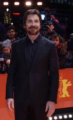 Verwandlungskünstler: Christian Bale erschien zur Filmpremiere an der Berlinale wieder in gewohntem Look.