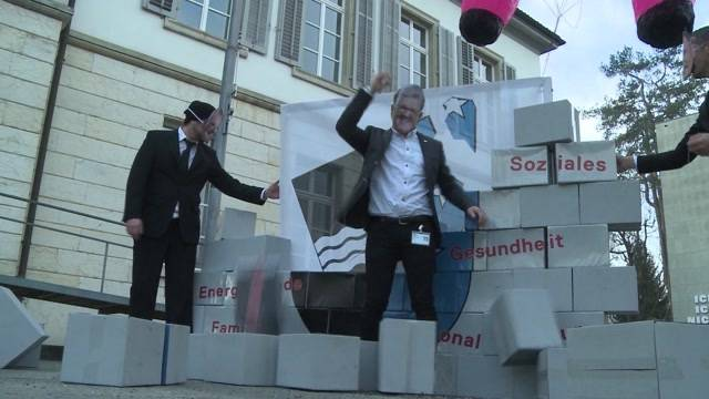 Hitzige Debatte um Aargauer Sparpaket