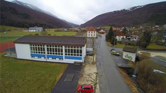 Die bereits bestehende Infrastruktur neben den Schulhäusern soll erweitert werden.