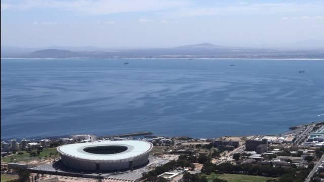 Das neu erbaute WM-Stadion in Kapstadt