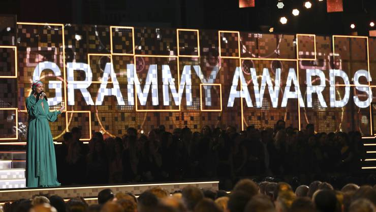 Spannend wird die Liste der Preisträger aber erst ab Kategorie 30 der insgesamt 84 Kategorien. Im Bild: US-Sängerin Alicia Keys spricht zum Publikum der 61. Grammy Awards.