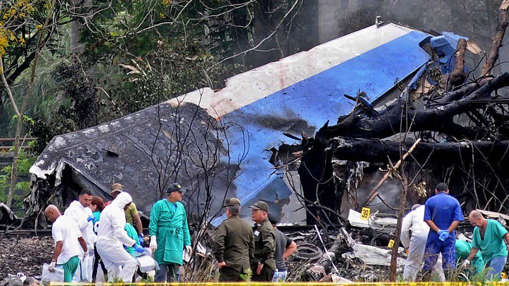 Beim Absturz eines Passagierflugzeugs des Typs Boeing 737 bei Havanna auf Kuba sind 110 Menschen ums Leben gekommen, drei wurden lebend aus den Trümmern geborgen.