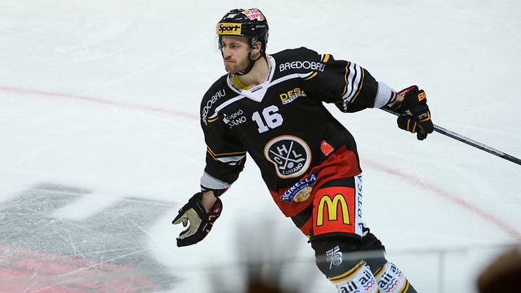 Lorenz Kienzle fällt beim HC Lugano mindestens für den Rest der Viertelfinalserie gegen Zug wegen eines Fingerbruchs aus