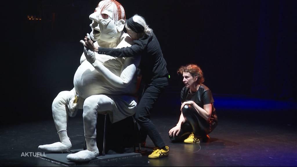 «Bühne frei»: Die Alte Reithalle in Aarau wurde mit einem Spektakel eröffnet