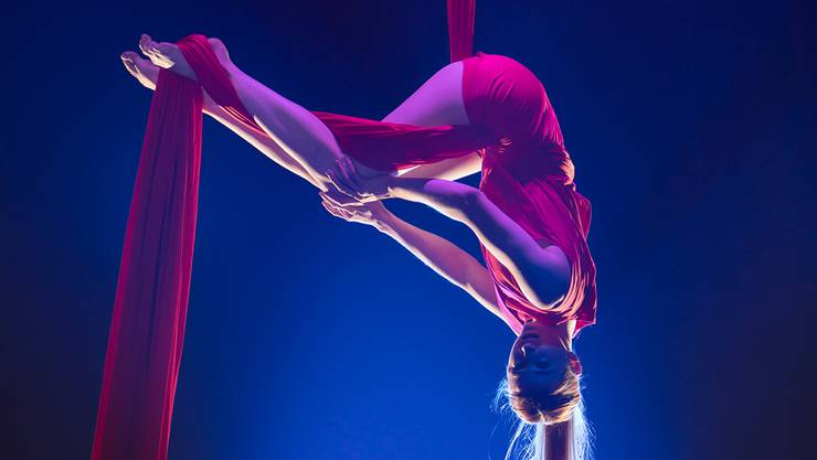ANTONIA DOLHAINE - Aerial Tissue - Canada, National Circus School, Montreal Young Stage
