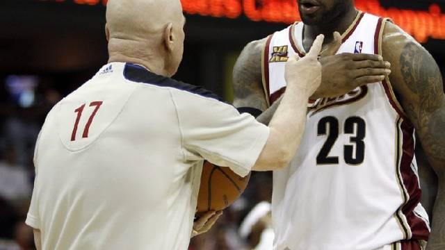LeBron James (Cleveland) hadert