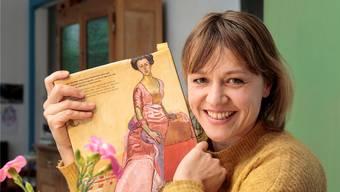 Schauspielerin Margit Maria Bauer wird im Kunstmuseum Solothurn zu Gertrud Dübi-Müller.