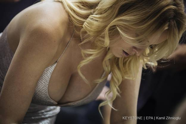 """Stormy Daniels ist in der Pornobranche selbst vor allem als Regisseurin bekannt. Im Bild ist sie hier an der """"Venus""""-Erotikmesse in Berlin im Oktober 2018."""