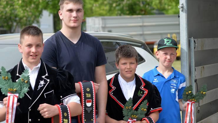 Vier Nachwuchsschwinger der Superlative (v. l.): Marino Christ, Matthias Imobersteg, Valentin Scherz und Timo Gisler.