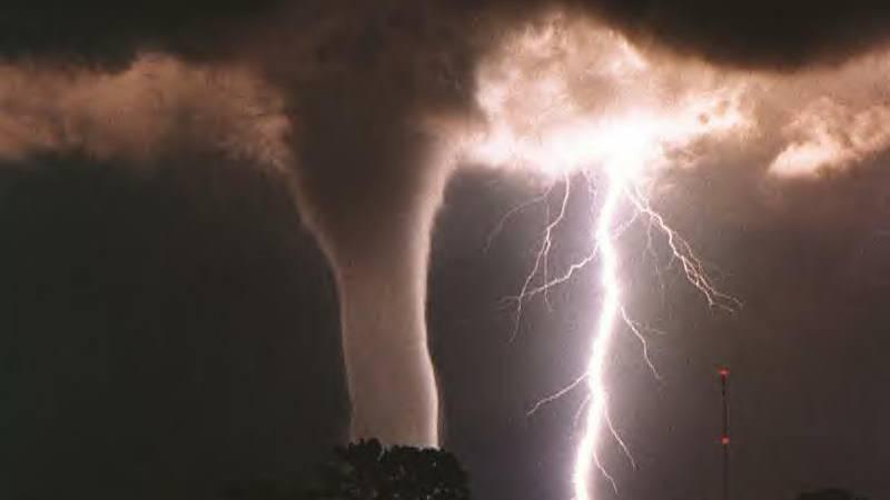 Grossbritannien von Sturm getroffen