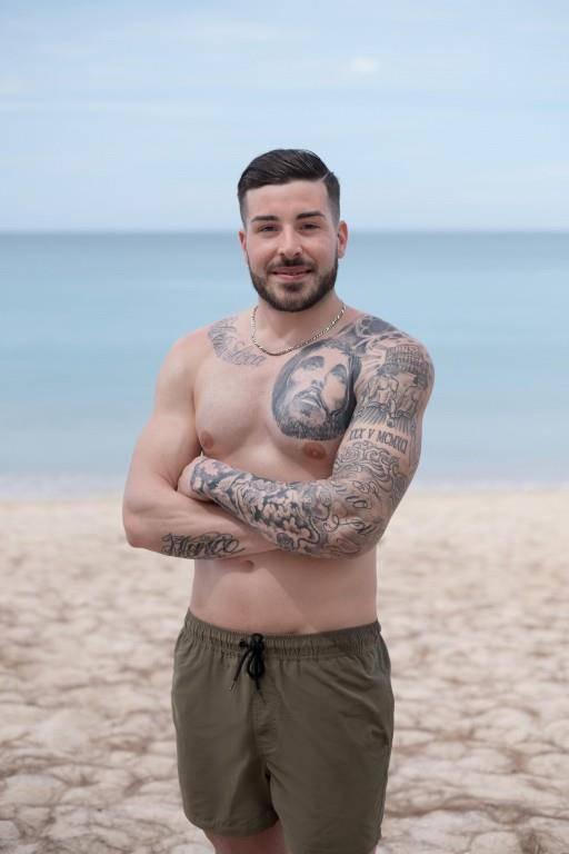 Gipser Cillo (26) aus dem Thurgau. Seine 3 Engels-Tattoos sind seiner Mutter gewidmet.