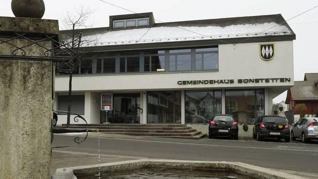 In Bonstetten streiten sich sechs Personen um fünf Sitze im Gemeinderat. (Symbolbild)