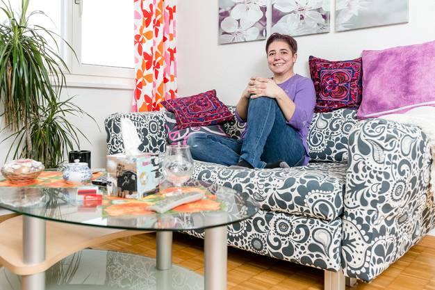 Shana Wullschleger ist eine geistig beeinträchtigte Frau, und lebt seit einem Jahr selbstständig, nachdem sie jahrelang für dieses Recht gekämpft hatte.