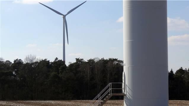 Über die Windkraft in Oberhof ist die Bevölkerung geteilter Meinung. – Foto: chr