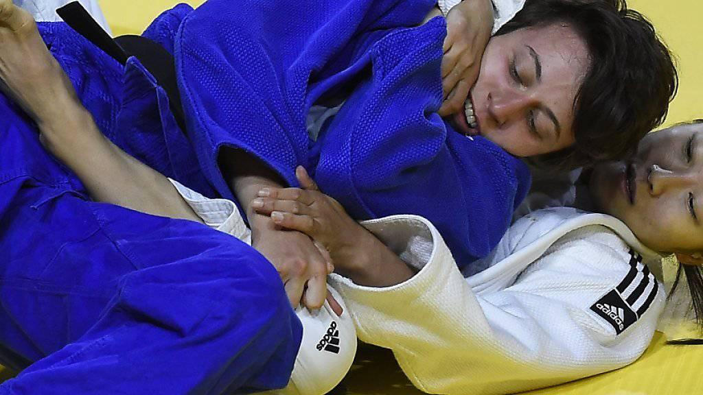 Im ersten Kampf behielt Evelyne Tschopp noch die Oberhand
