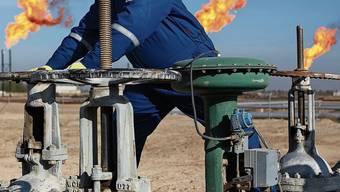 Ölhahn zu: Niemand will mehr Öl, das Angebot übersteigt die Nachfrage bei weitem.