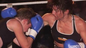 Die künftige Leistungssportchefin bei Swiss Boxing, Christina Nigg (rechts), zu ihren Zeiten als aktive Boxerin
