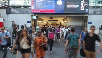 Bahnhof Olten: Hier können Pendler zur Rushhour sogar in der Ferienzeit in Dichtestress kommen.