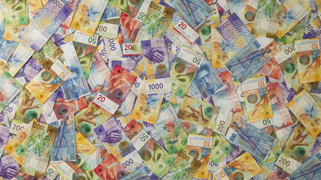 Steuern im Kanton Luzern sollen stärker sinken