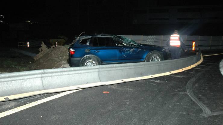 Nach dem Unfall musste die Autobahn kurzzeitig gesperrt werden.