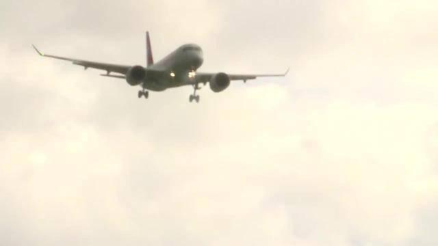 Burglind zwingt Flugzeuge durchzustarten