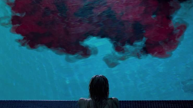 """""""It Follows"""" ist ein atmosphärisch gelungener Teenie-Schocker und gleichzeitig eine Metapher für adoleszente Verlustängste."""