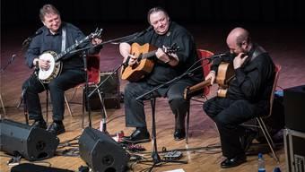 Krüger Brothers: Jens und Uwe Krüger sowie Bassist Joel Landsberg.