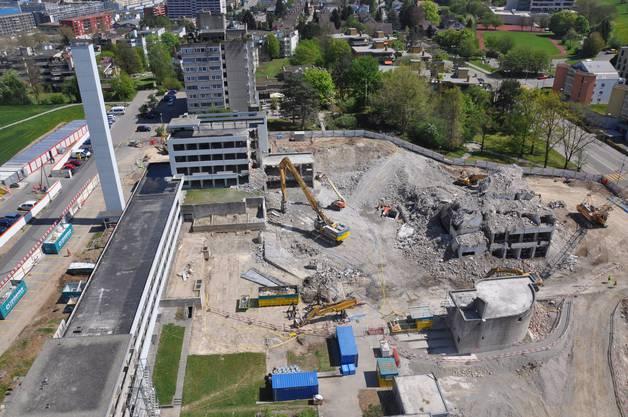 Die Bauarbeiten beim Spital Limmattal sind auf Kurs. Bereits am 6. Mai findet die Grundsteinlegung statt.