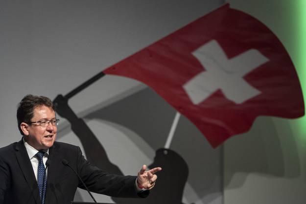 Albert Rösti spricht an der Delegiertenversammlung der SVP Schweiz.