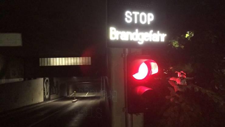 In der Einstellhalle im Berner Jupiterquartier ist in der Nacht auf Montag ein Brand ausgebrochen. Der Sachschaden dürfte mehrere 100'000 Franken betragen.
