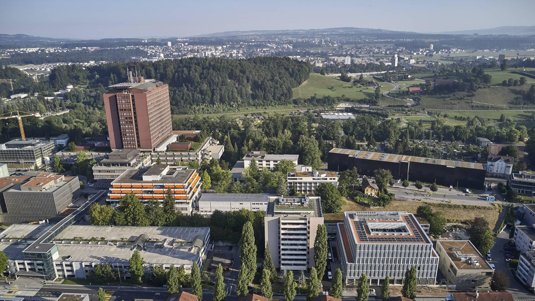 Das Areal Ost des Luzerner Kantonsspital (LUKS) mit dem Kinderspital.