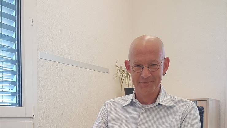 Erich Bruderer (FDP) will Gemeindeammann werden. Er ist Chef des IT-Unternehmens ebcom AG mit 14 Mitarbeitern.